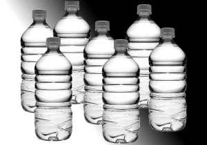 Getränke aus Plastikflaschen - ein Genuss mit Reue?
