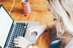 Praktische Hilfe für Hausaufgaben durch die richtige Online-Recherche